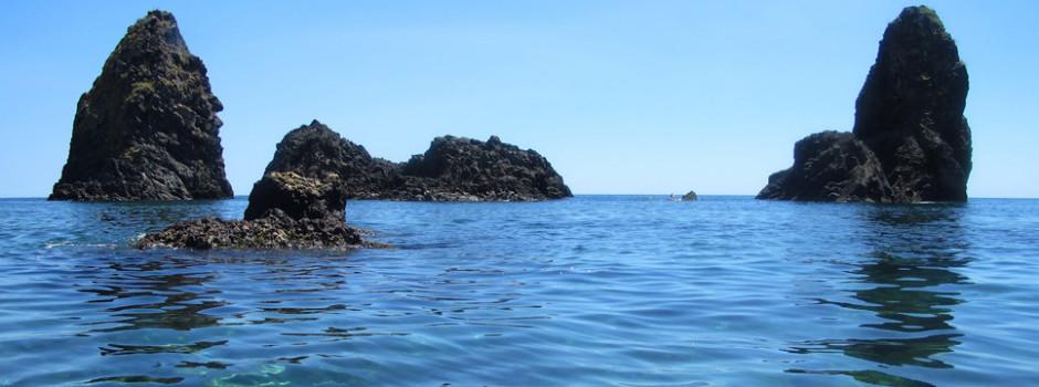 Isole dei Ciclopi Acitrezza